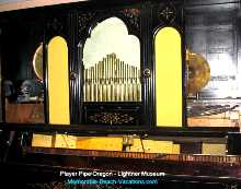 Antique Player Pipe Organ - Demonstrated at 11 & 2 daily