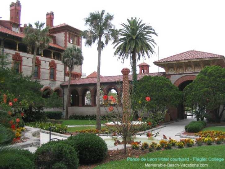 Florida - St Augustine - Ponce De Leon Hotel built by Flagler - Now Flagler College