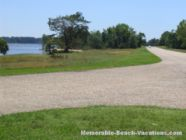 Colonial National Historical Parkway - Scenic pulloff near Jamestown - Virginia vacation beaches attractions